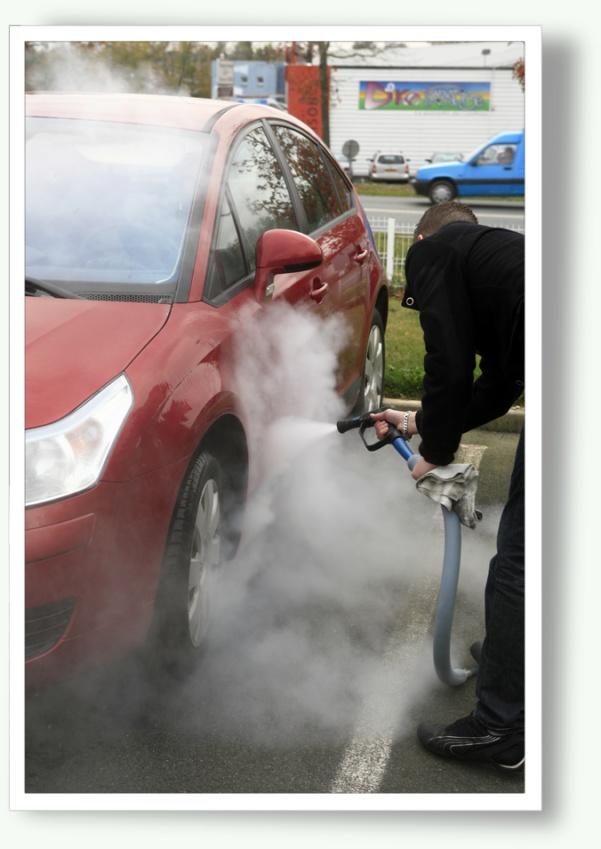 Nettoyage écologique de véhicules à la vapeur